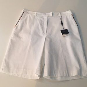 NWT Burberry Golf Shorts Size 8